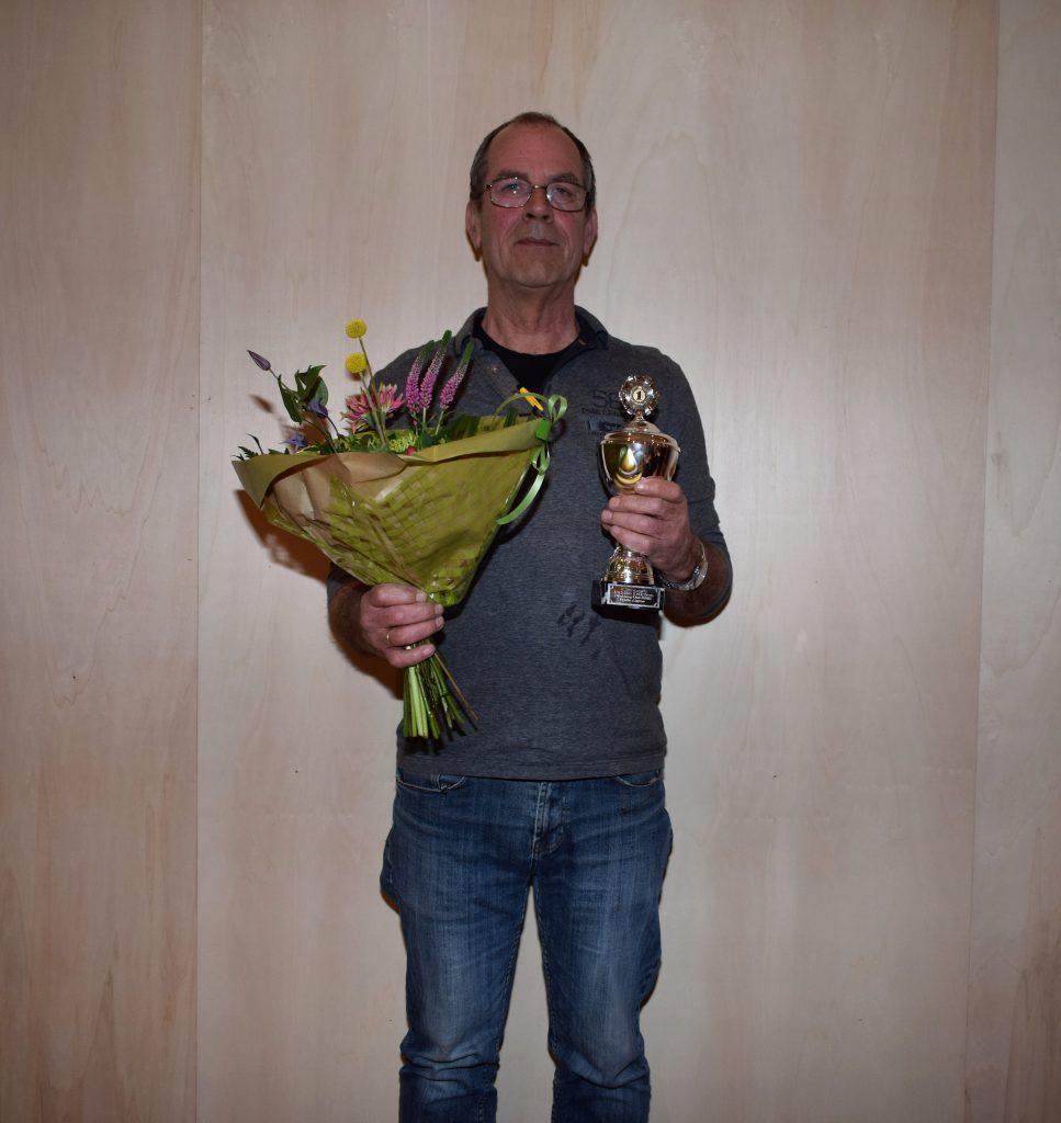 Andries Hogenhuis wint Bildts diktee